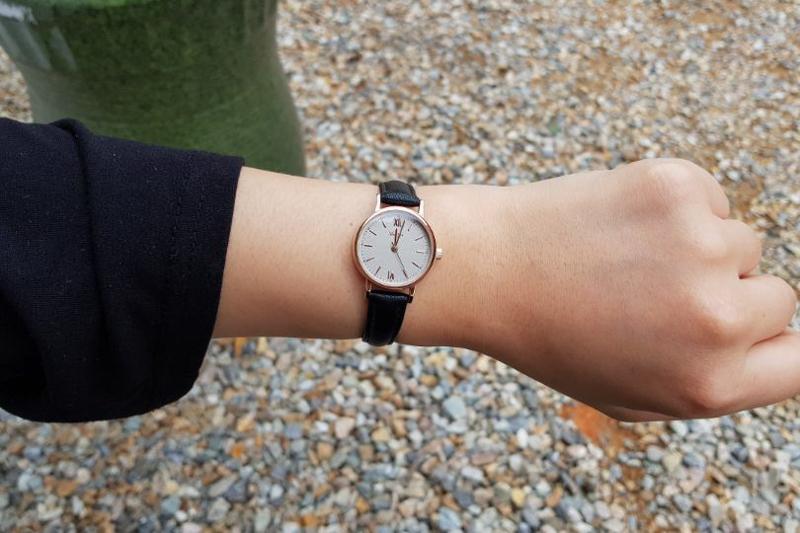 시아르고(SIARGO) SG-005L-RB 메이스컬렉션 여자 가죽 손목 시계
